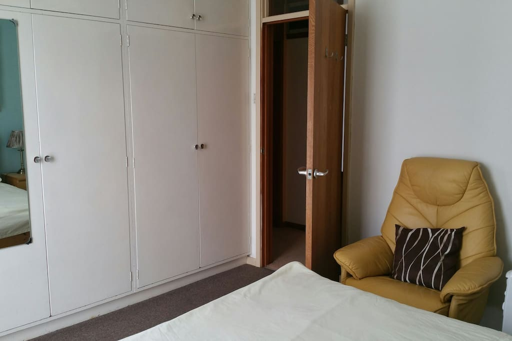 D Room with large wardrobe