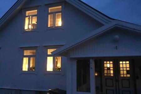 Sjarmerende og fint hus i Stamsund.