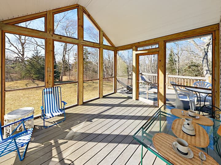 Ocean Point Owl House with Screened Porch