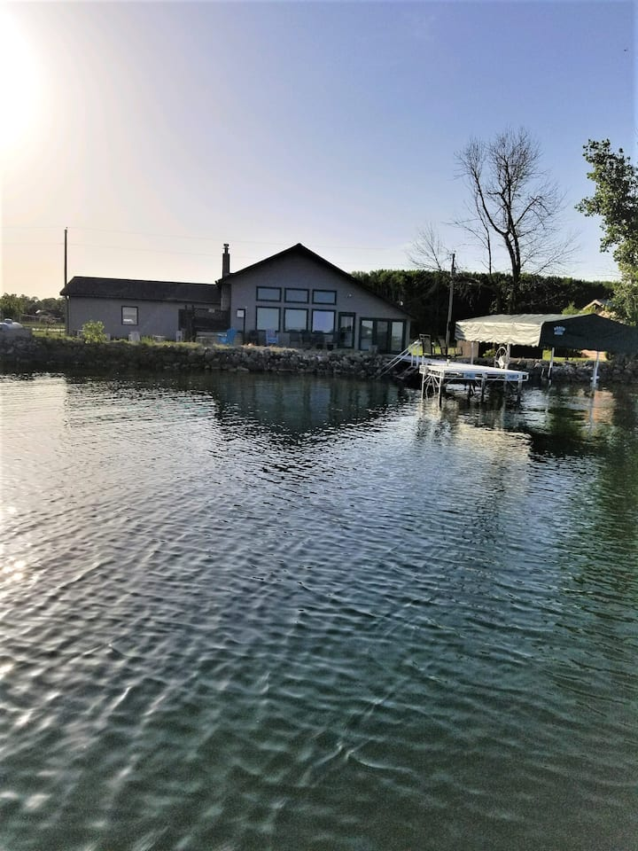 Little McDonald Lake Home, Otter Tail County