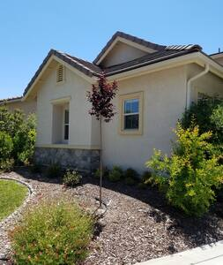 Private casita in the heart of wine country - Templeton - House