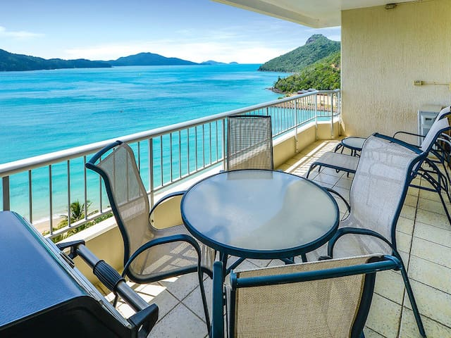 Beach Front - One Bedroom + Buggy - Hamilton Island - Apartamento