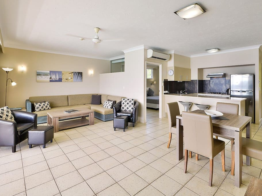 Beach Front One Bedroom Buggy Apartments For Rent In Hamilton Island Queensland Australia