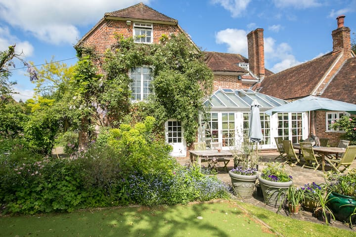 Beautiful Jane Austen Annexe Double - Alton - Leilighet