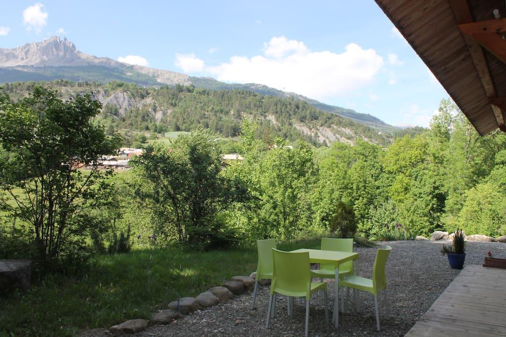 Studio avec vue et piscine houses for rent in pruni res for Piscine 2 alpes