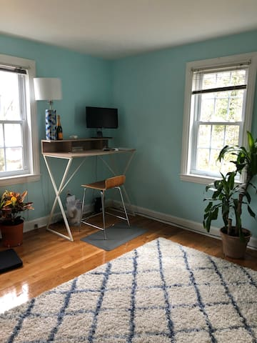 Office (can be used as bedroom with air mattress)