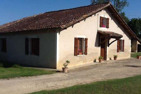 maison gasconne - gavarret sur aulouste - Haus