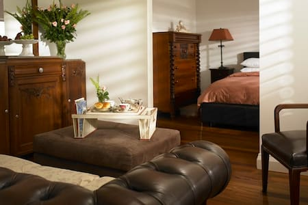 Beautiful Suite Luxury Appointments - Chinderah - Bed & Breakfast