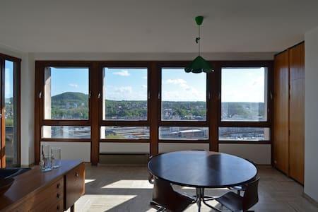 Superbe appartement au 14° étage - Charleroi - Appartement