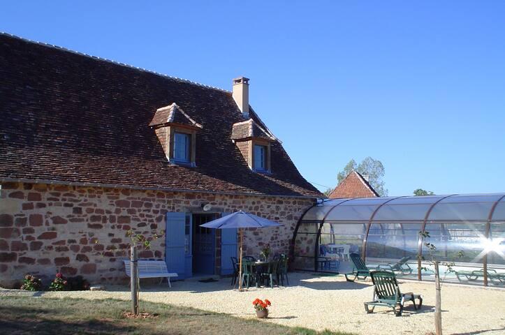 Maison piscine chauffée couverte - Badefols-d'Ans - House