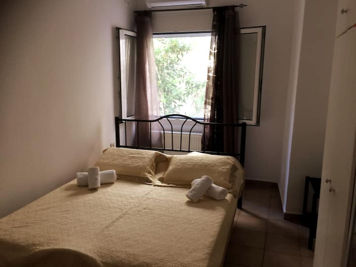 Private bedroom for a couple or 1  person