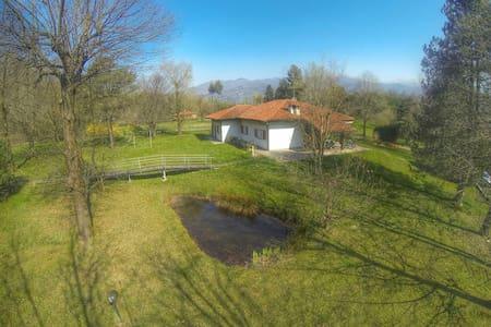 Villa Montorfano Como Lake - Como Lipomo - วิลล่า