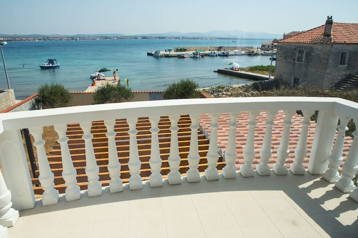 House&Apartment - BLISSFUL SILENCE - Vodice - Apartamento
