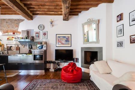 Pisa-Charming design hay loft - Molina di Quosa-rigoli - 獨棟