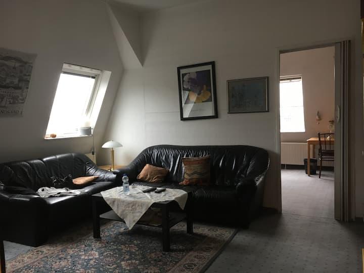 Zweizimmerwohnung, 10 Minuten vom Dom/Hauptbahnhof