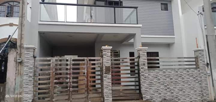 Brand new luxury house in a quiet subdivision