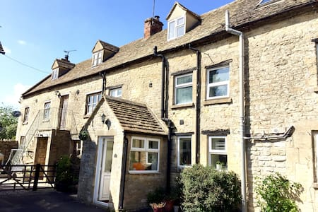Tannery Cottage - Northleach