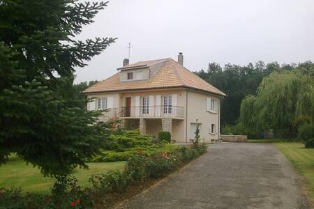 2 Chambres à louer lisière de forêt, calme - Montberon