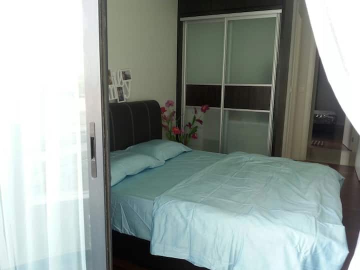 Convenient n cozy room with toilet
