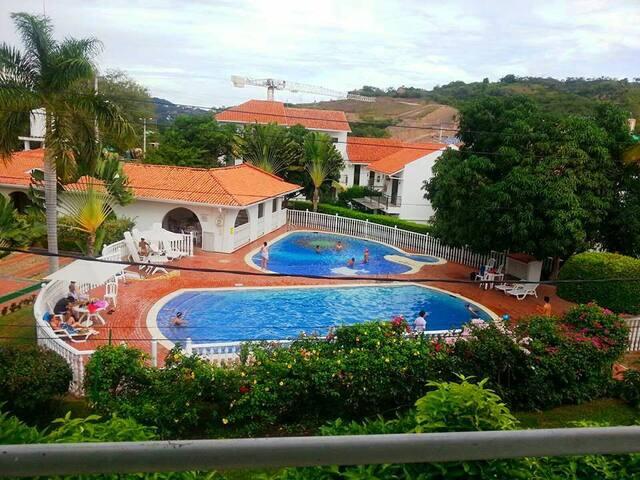 Gran y Espectacular Casa en Anapoima con piscina!! - Anapoima - Huis