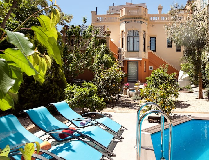 Modernist villa,private garden & pool in Barcelona