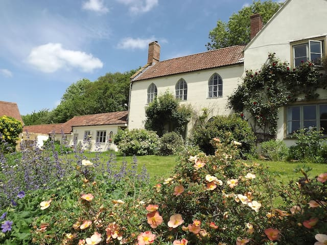 Sock Cottage- Peace and Tranquility - Somerset - Bed & Breakfast