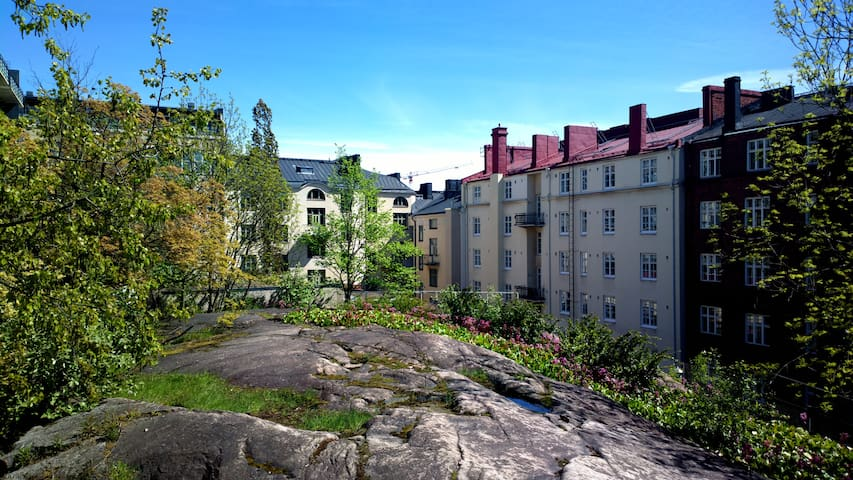 00100 HKI - Commune Heavensinki