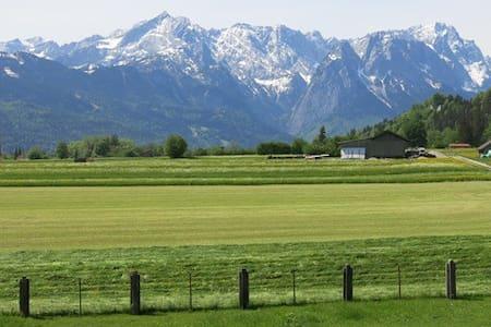 Ferienwohnung mit Alpenblick 1 - Farchant