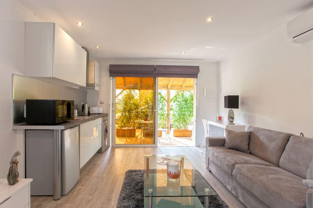 Studio neuf erbalunga apartments for rent in brando for Studio neuf