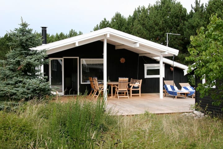 Wonderful and cosy house close to the beach - Sjællands Odde - Huis