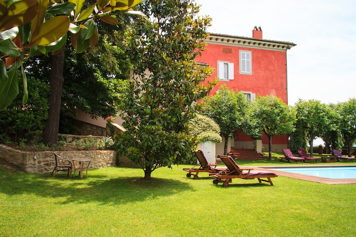 Classic Apt Villa Cassia with breakfast included