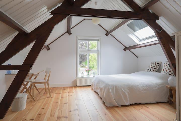 Charming room in the Green Heart - Hazerswoude-Rijndijk - บ้าน