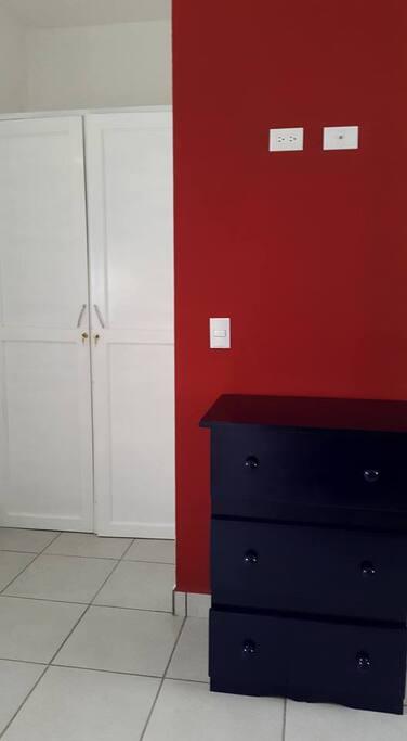 Closet y gavetero.