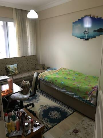 İzmirde sevimli ve küçük evim