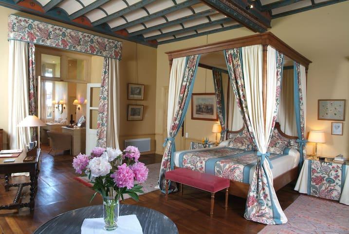"Chambre ""Royale"" Stuart - Château - Oizon - Castelo"