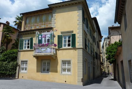 """""""Chiavi D'Oro Suite"""" - Lucca - Haus"""