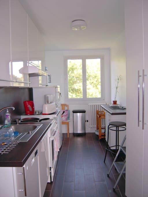 logement proche du centre ville apartments for rent in nantes pays de la loire france. Black Bedroom Furniture Sets. Home Design Ideas