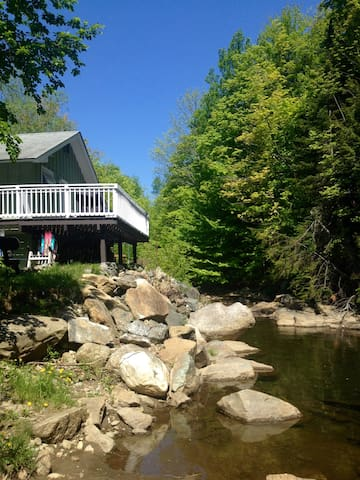 Mount Snow River House 1 mile away free shuttle!