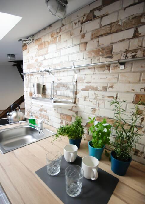 Kitchen, herbs