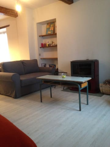 Super Appartement rénové  de 40m2 - La Brigue - Wohnung