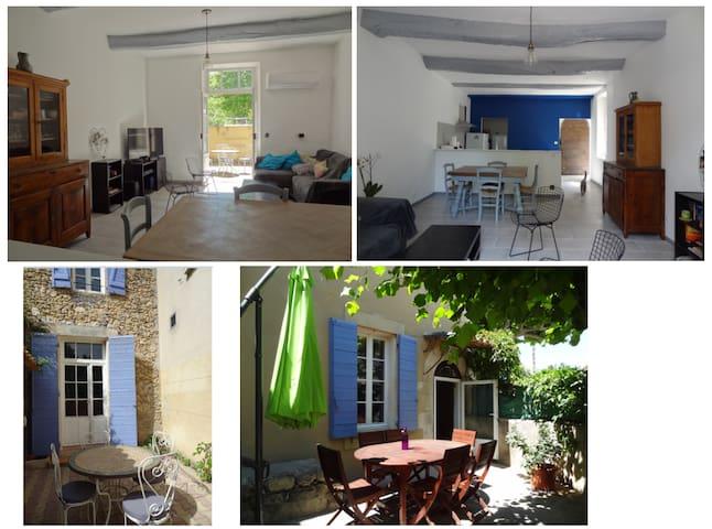 Maison de village avec exterieurs - Saint-Martin-de-la-Brasque - Talo