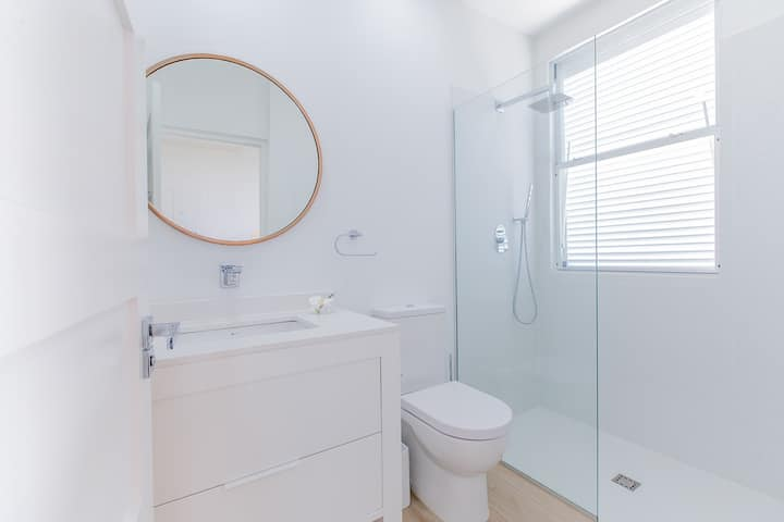 """Garden Grove 3 Bed (TH1) - Serviced Townhouse"""