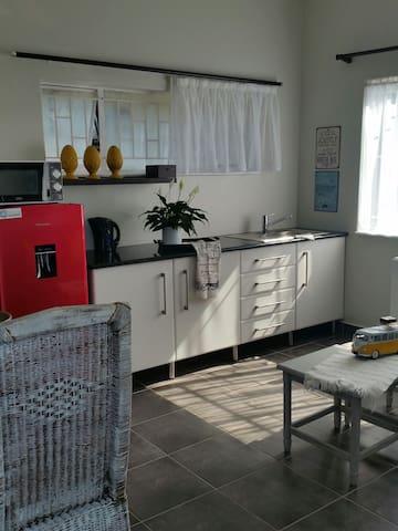 Cozy cottage with private garden - Pretoria, Gauteng, ZA - Appartement