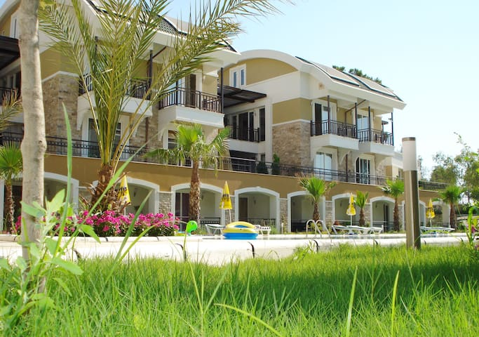 Flat in Kemer 100 m from the beach - Kemer - Daire