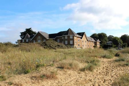 Holiday house on beach in Bembridge - Maison