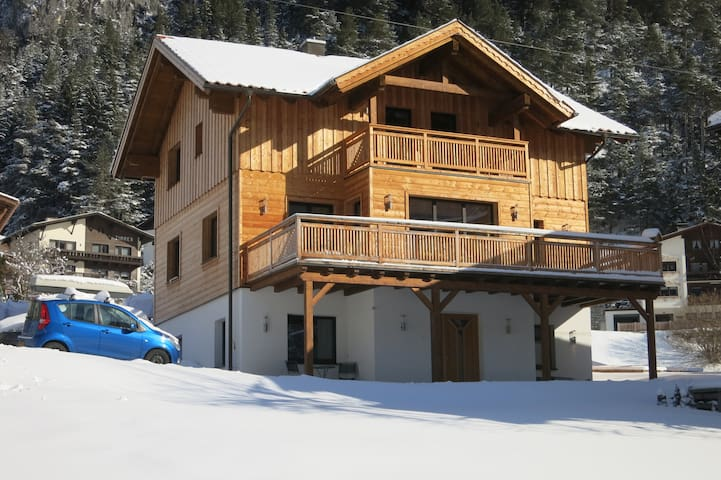 Larch Apartment (West) in Schnann, Arlberg