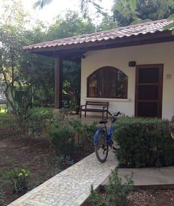 Small quiet place near the beach - Potrero