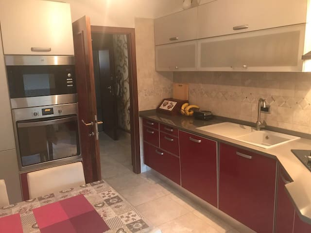Charming apartment near the sea and town center