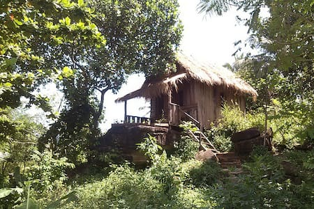 Double bungalow in island village - Koh Rong