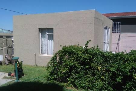 Joy's Cabin - Cape Town - Cabin
